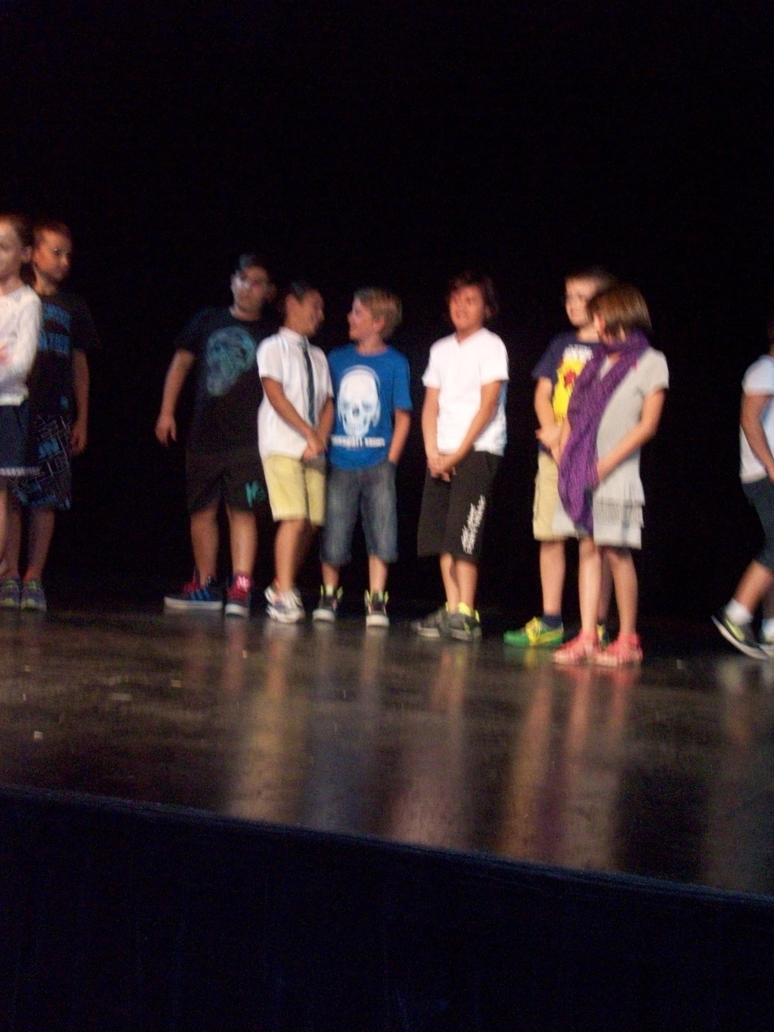 Theatre POUSSAN CM 1 083